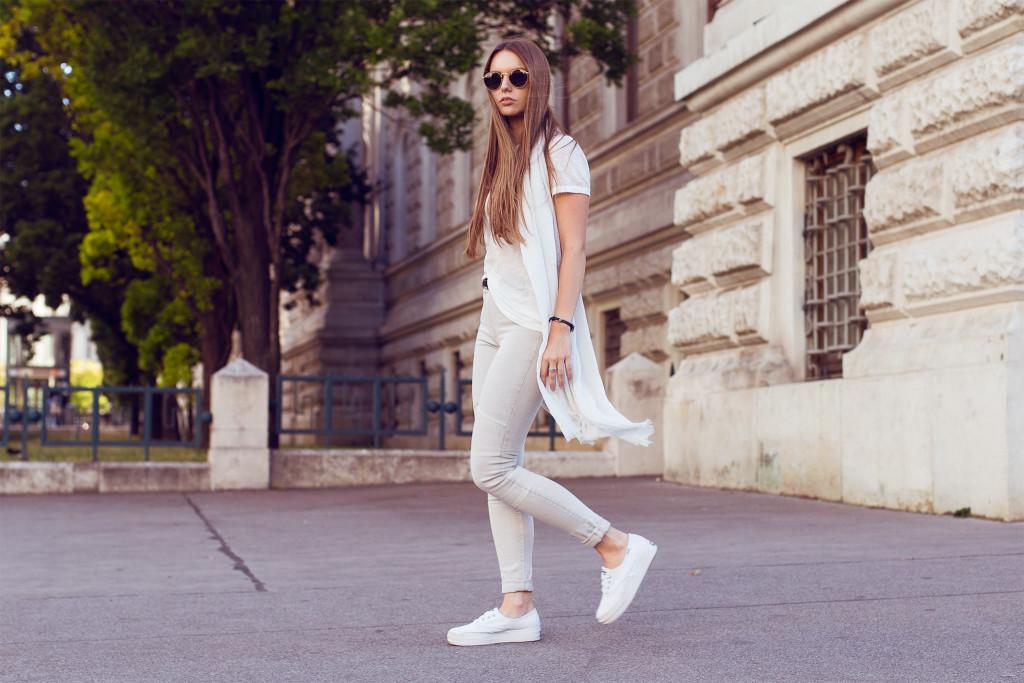 herpistolgo, annika is wearing allsaints biker denim, biker jeans , vienna street style