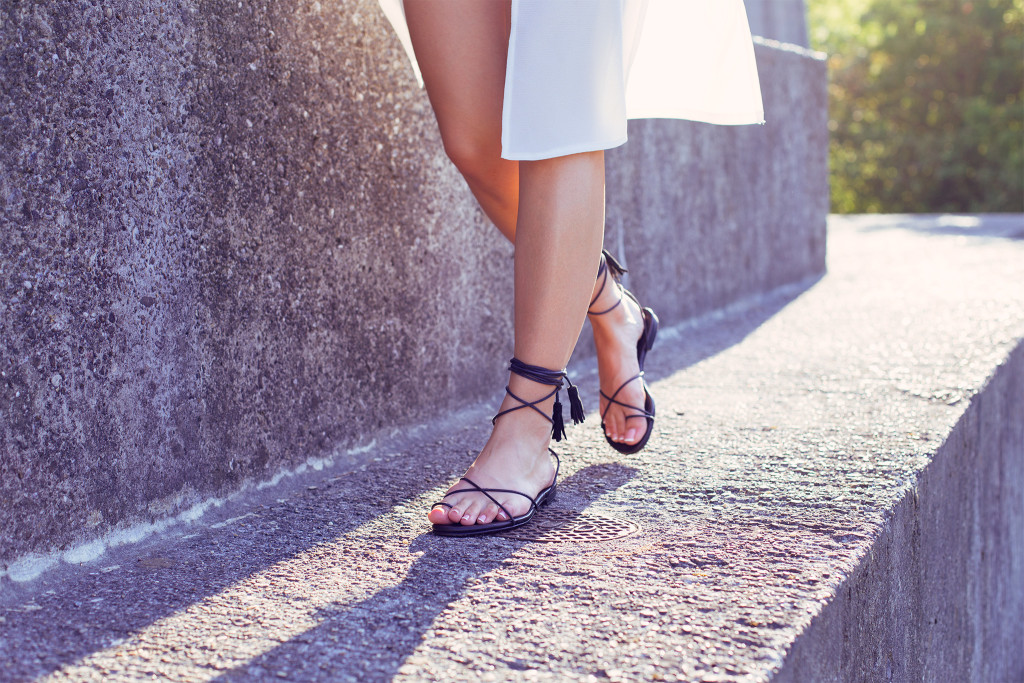 Annika_Herpistolgo_Angel_Sandals