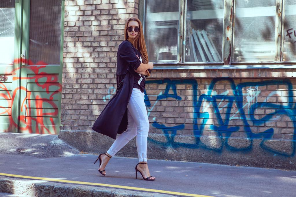 Annika_Herpistolgo_Diesel_X_side