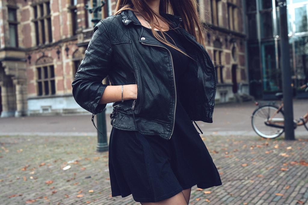 Annika_Herpistolgo_Den_Haag_Allsaints_Leather