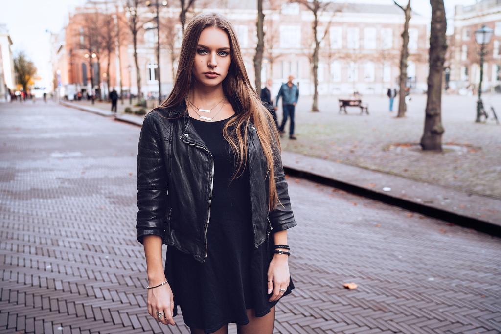 Annika_Herpistolgo_Den_Haag_Allsaints_Leather_Portrait
