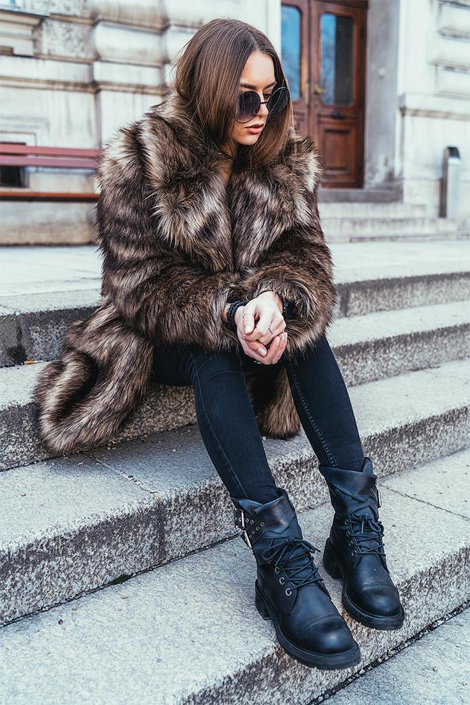 Annika_Herpistolgo_Allsaints_Faux_Fur_3_blog