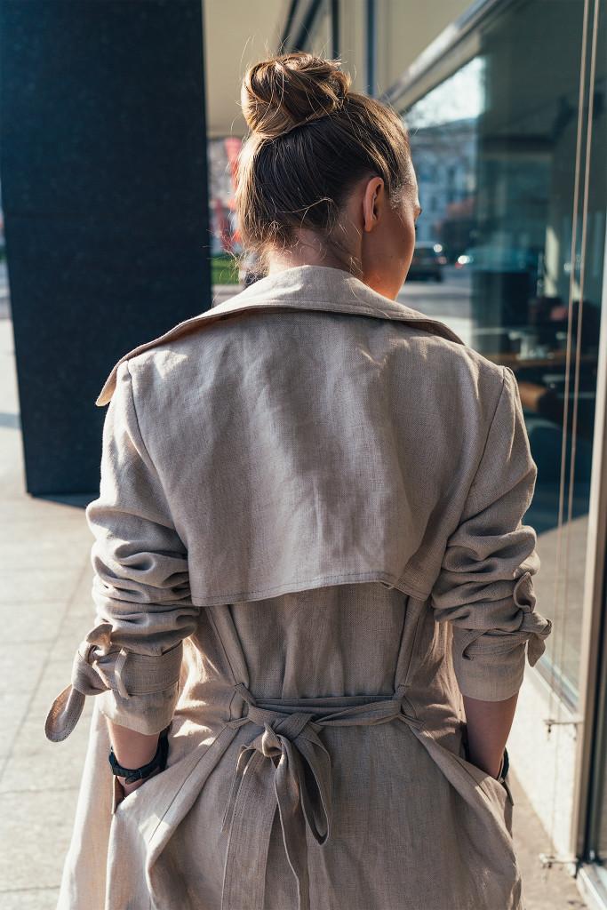Annika_Herpistolgo_Trenchcoat_HM-2