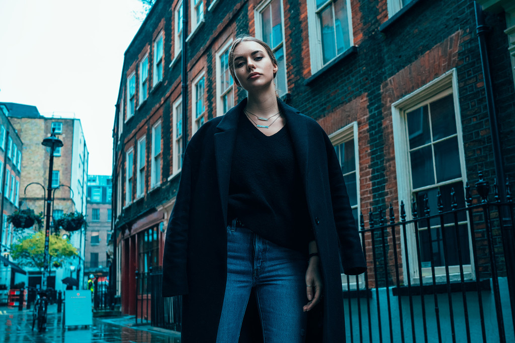 Annika_Herpistolgo_London_Allsaints_Coat_2017-4